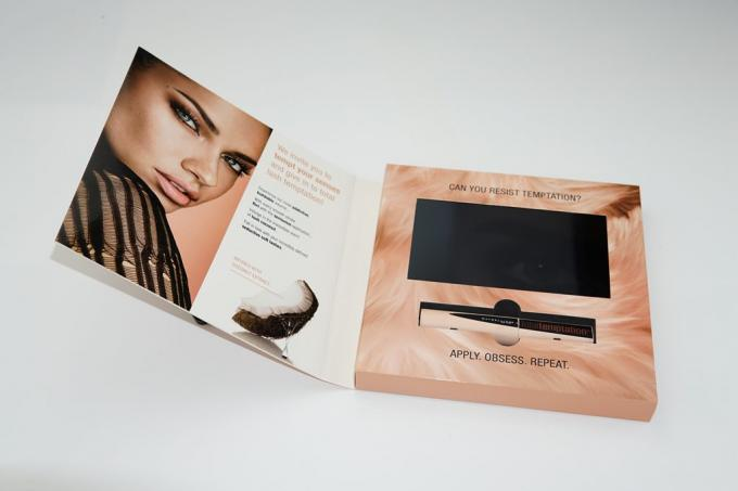 Advertising LCD video card , video booklet with customized brochure size 7inch 4GB A5 Size